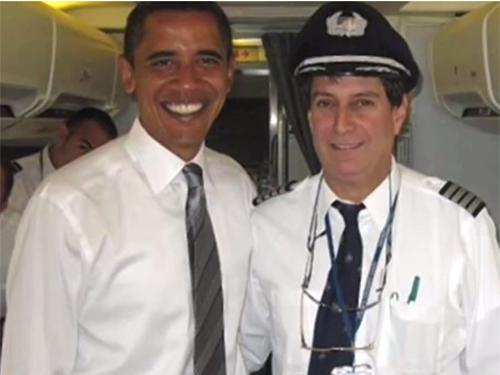 ほとんどのパイロットはUFOを信じていると、米オバマ大統領の専属パイロットが証言