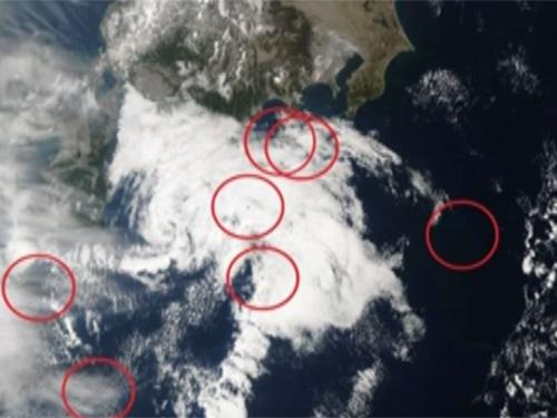 日本上空に61機の葉巻型UFO! NASAの衛星写真で確認された?
