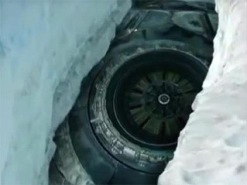南極大陸のUFO秘密基地