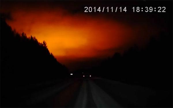 ロシアの謎の巨大な怪光(スヴェルドロフスク州)1