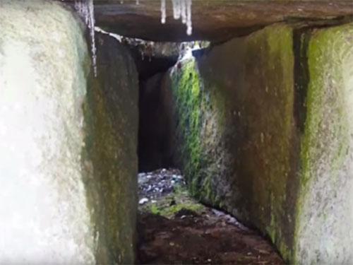 ロシアのゴルナヤ・ショリアで発見された巨石遺跡3