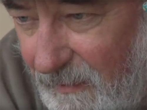 未確認動物学者のポール・レブロンド博士