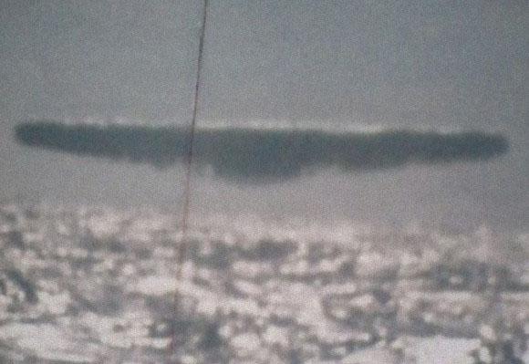 米海軍の極秘UFO写真が流出5