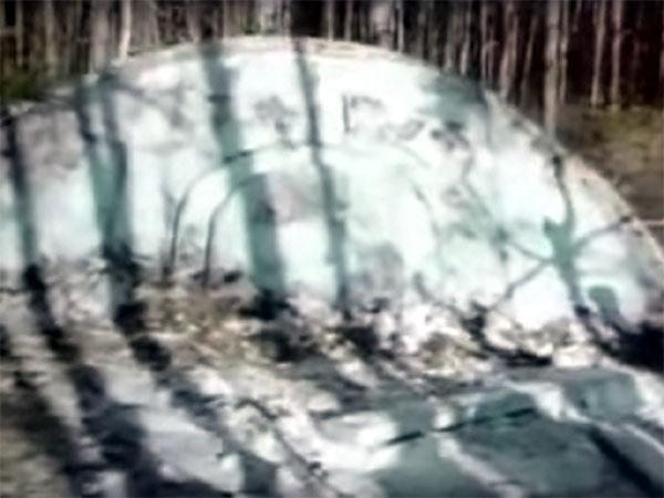 ロシア、UFO墜落事件! UFO回収と宇宙人解剖シーンが超リアル!