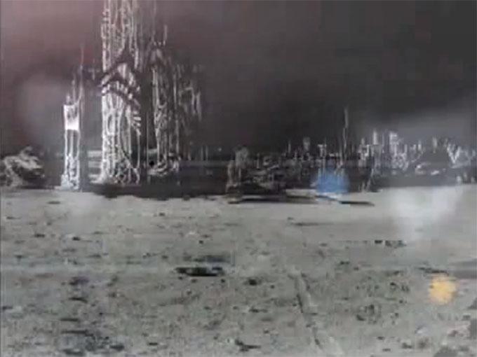 アポロ20号が撮影した月の裏の月面都市