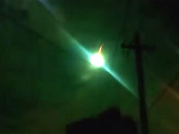 隕石に偽装したUFO 1