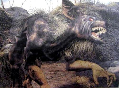 伝説のUMAナワル? チュパカブラ? 線路に謎の生物の死骸