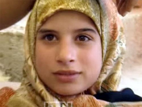 レバノンの美少女の目から、クリスタルが出る謎