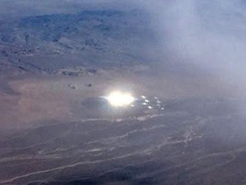 ネバタ砂漠に出現した巨大UFO