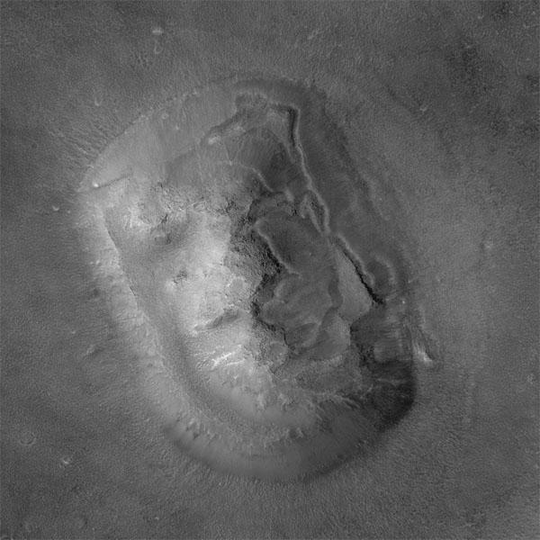 マーズ・グローバル・サーベイヤーが撮影した人面岩