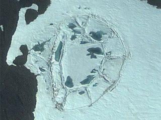南極大陸の謎! グーグルアースで古代遺跡、UFO基地が発見される!