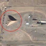 グーグルアースで発見されたエリア51の謎のピラミッド! 宇宙人との特別会見施設? ゲイリー・マッキノンが暴露