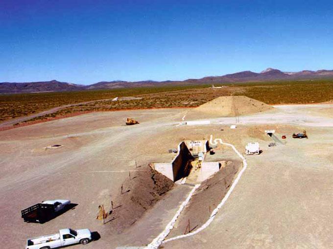 エリア51のピラミッドを建設中の写真