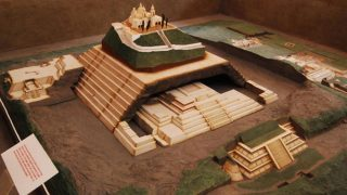 地球最大の建造物! チョルーラの大ピラミッド神殿! メキシコの超古代文明の遺跡か?