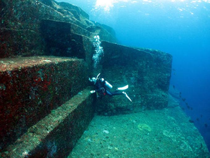 与那国島 海底遺跡:階段2