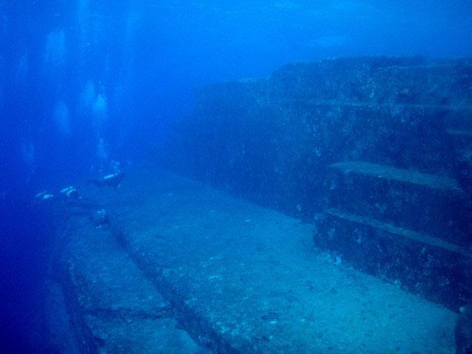 与那国島 海底遺跡:メインテラス2