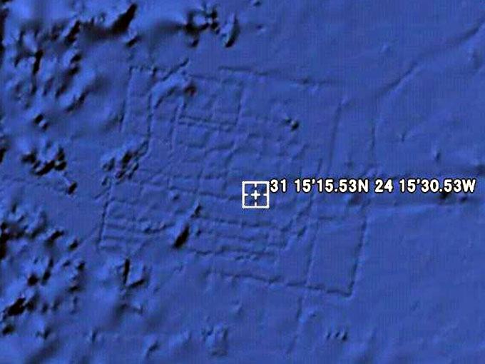 アフリカ西海岸沖の海底、アトランティス大陸の遺跡