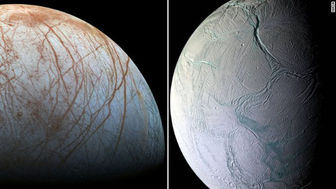 生命存在の可能性が高まる木星の衛星エウロパと、土星の衛星エンケラドス
