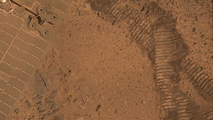 火星探査車スピリットの走行跡