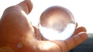 パワーストーンに効果はあるのか? 願いを叶えるお勧めのレインボー水晶、クォーツ、ブレスレット