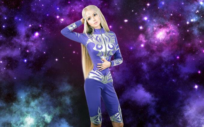 ヴァレリア・ルカノワの宇宙人のイメージ