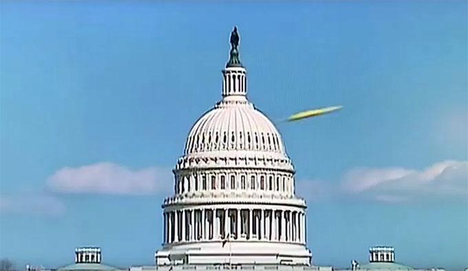 米連邦議事堂上空のUFO