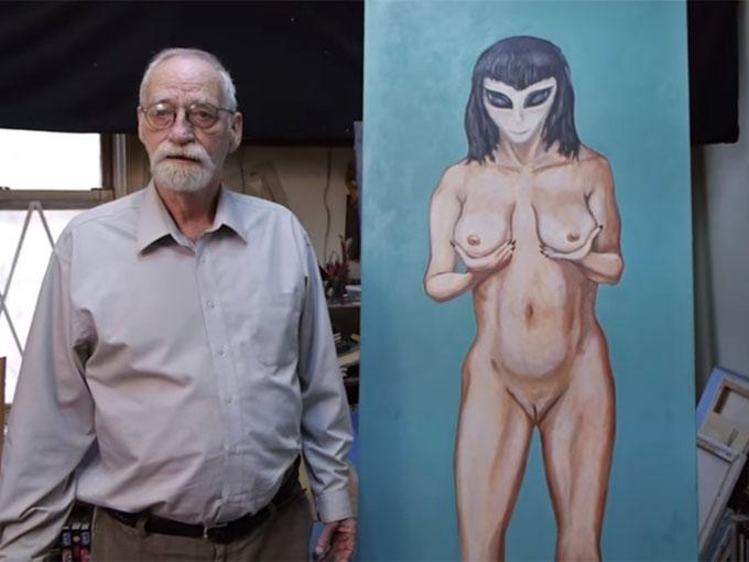 女性宇宙人クレッセントの絵と、ハギンズ氏