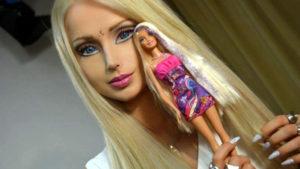 金髪美女リアルバービーは金星人! 地球に生まれた宇宙人?
