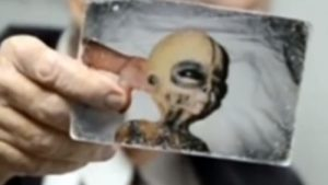 死の直前に、エリア51の宇宙人とUFOの存在を全て暴露! 世界的な科学者ボイド・ブッシュマンが証拠写真を公開!